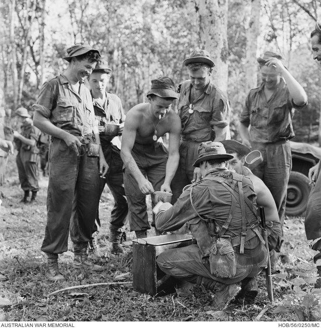 soldats britanniques, australiens, néo-zélandais... et malaisiens 138068546_3991456320887410_681504385399283098_n-jpg