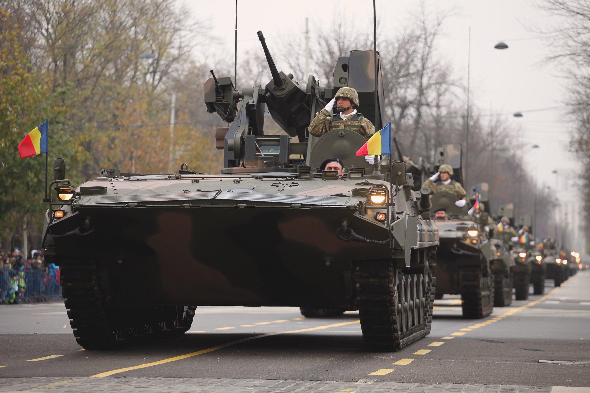 Armée Roumaine/Romanian Armed Forces/Forţele Armate Române - Page 12 21-jpg