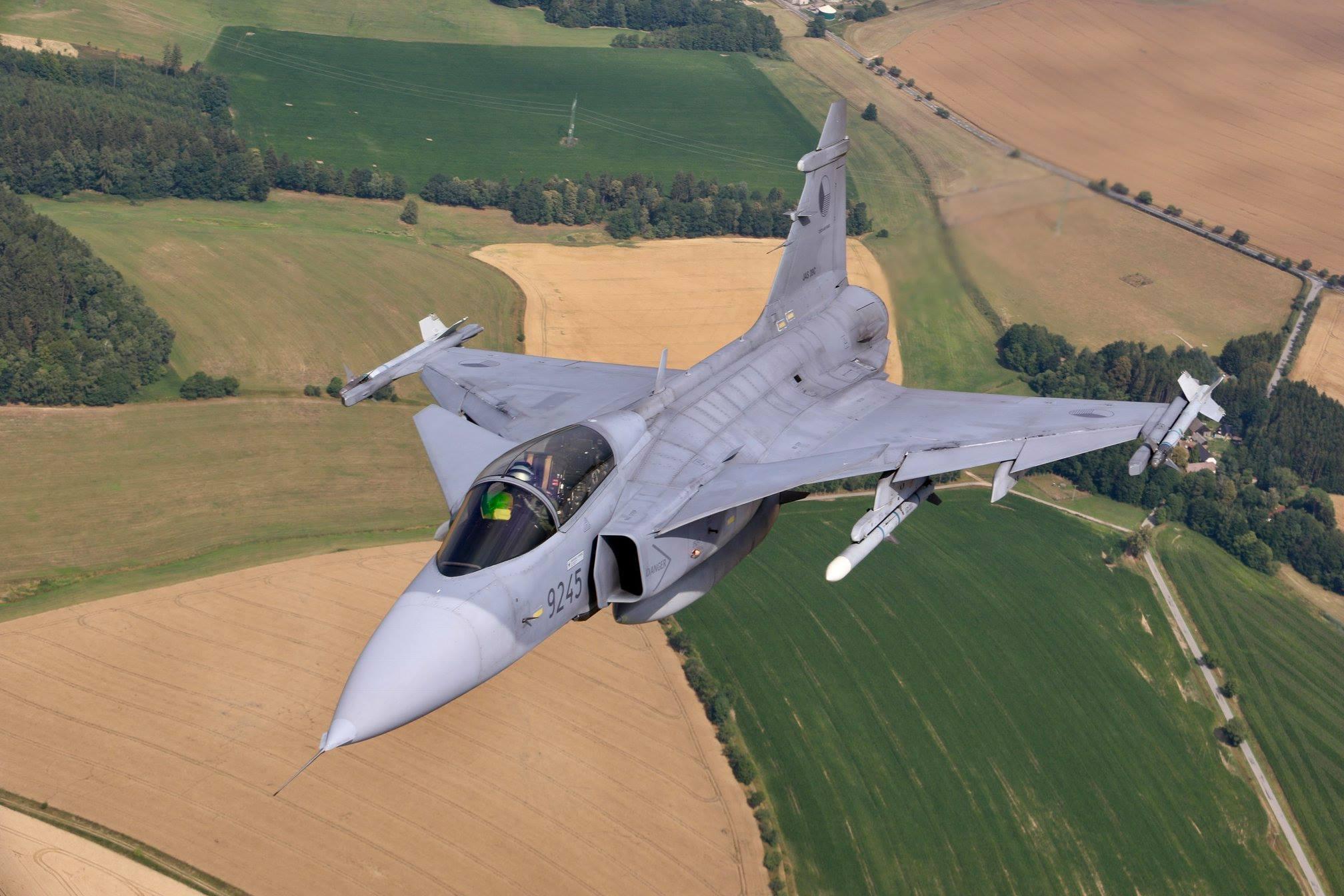 Armée tchèque/Czech Armed Forces - Page 11 37381216_1652998594828804_7813486435679338496_o-jpg