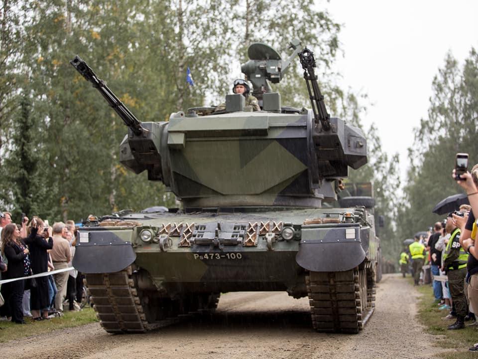 Armée Finlandaise / Finnish Defence Forces / puolustusvoimat - Page 10 39974397_1867139270012126_3650198301489233920_n-jpg