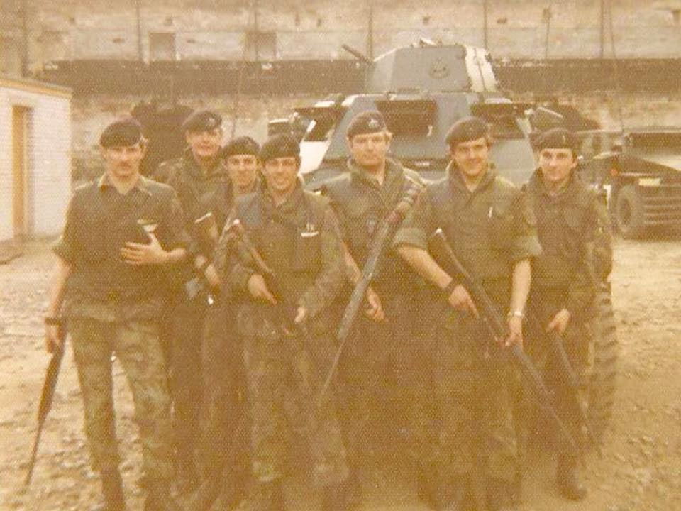 7 platoon b coy Albert street mill 1973.jpg