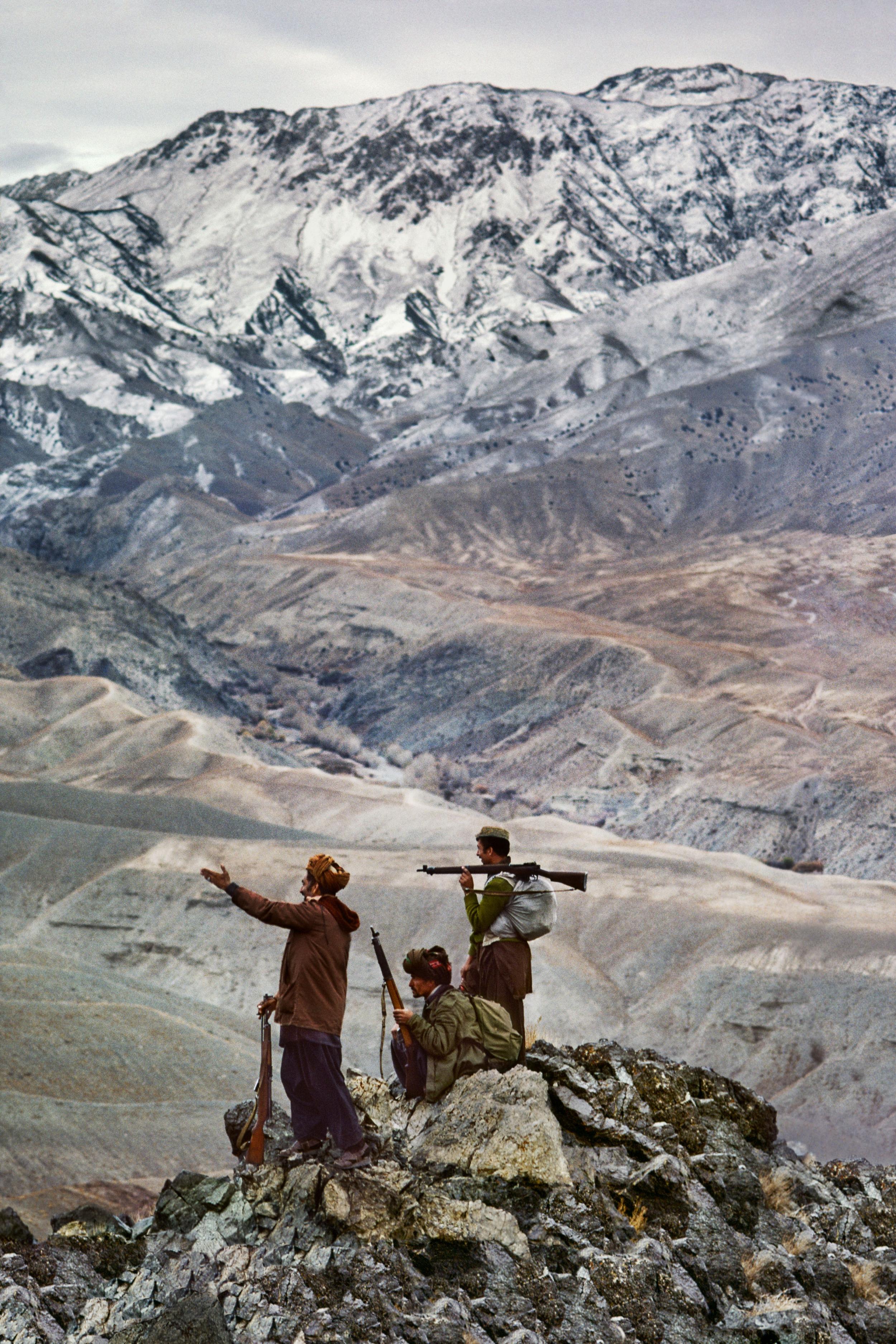 moujahidines Afghan-mujaheddin-in-logar-province-afghanistan-1984-during-the-soviet-afghan-war-jpg