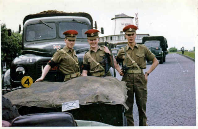 british army uniform 1962.jpg