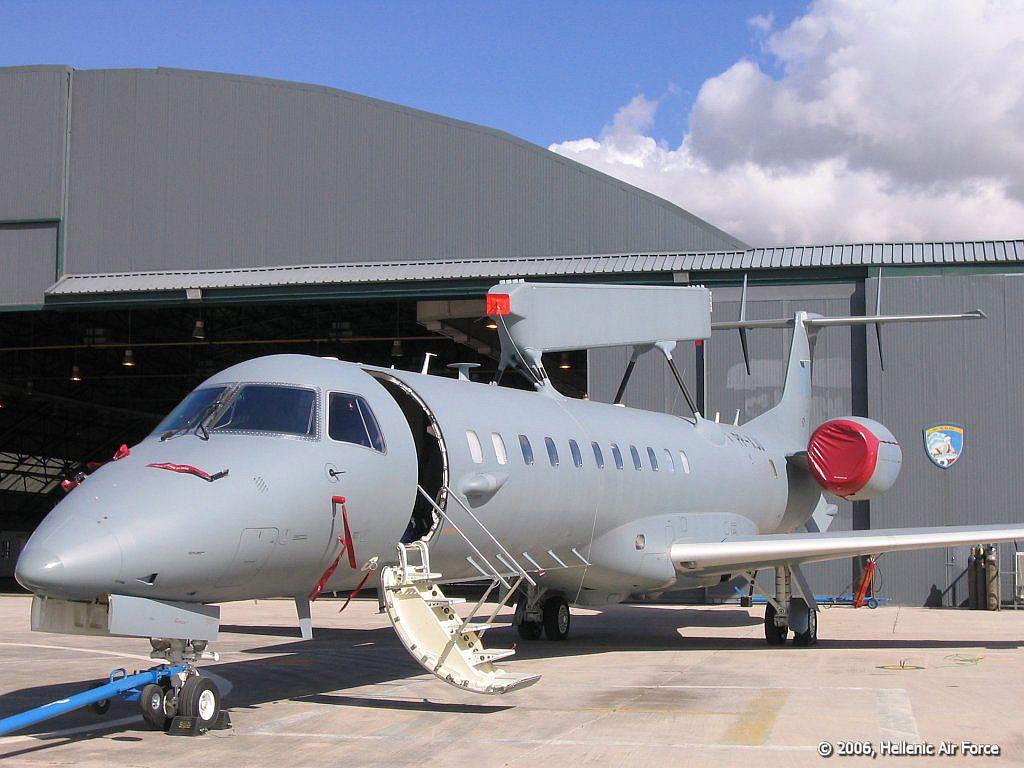 Embraeremb145sa_04.jpg