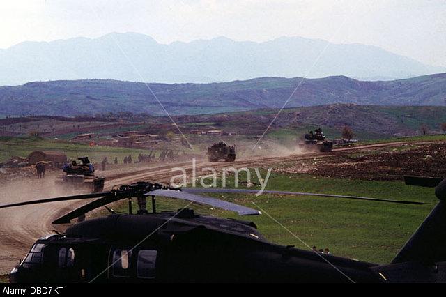 march-1995-iraqturkey-border-turkish-military-move-into-iraqi-kurdistan-DBD7KT.jpg