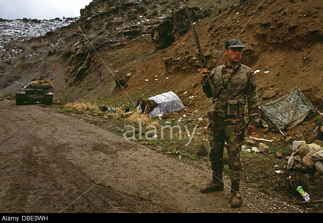 march-1995-northern-iraq-turkish-army-in-cross-border-attacks-against-DBE0WH.jpg