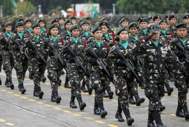 military_woman_philippines_army_000006_960.jpg