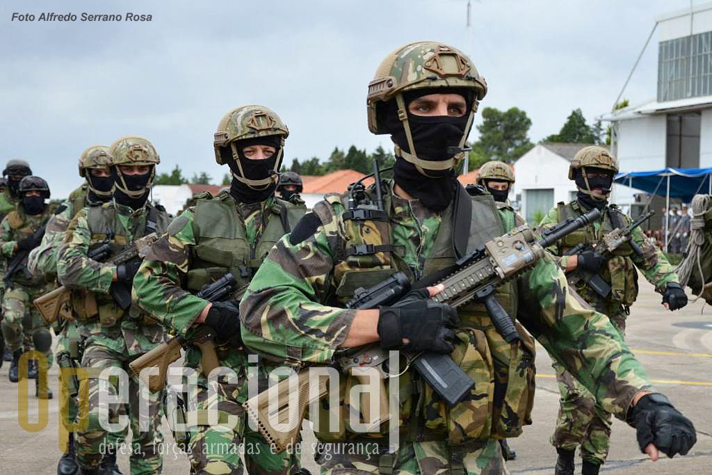 Operações-Especiais-HK-416.jpg