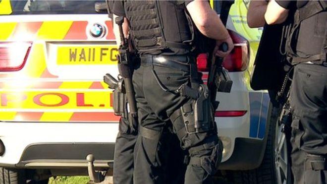 police firearms british 002.jpg