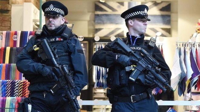 police firearms british 004.jpg