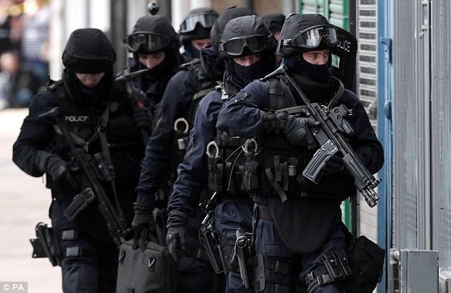 police firearms british 005.jpg
