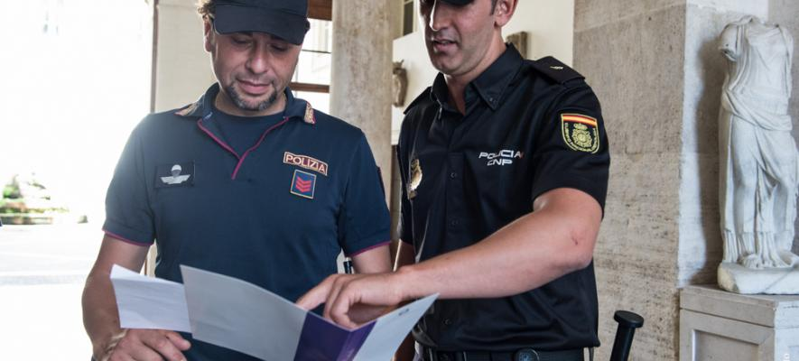 polizia_-_policia_0.jpg