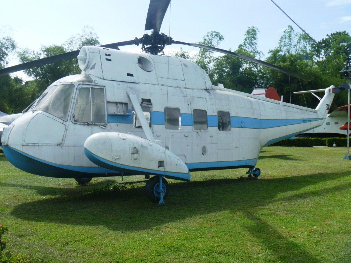 S-62B Presidential Chopper (7).JPG