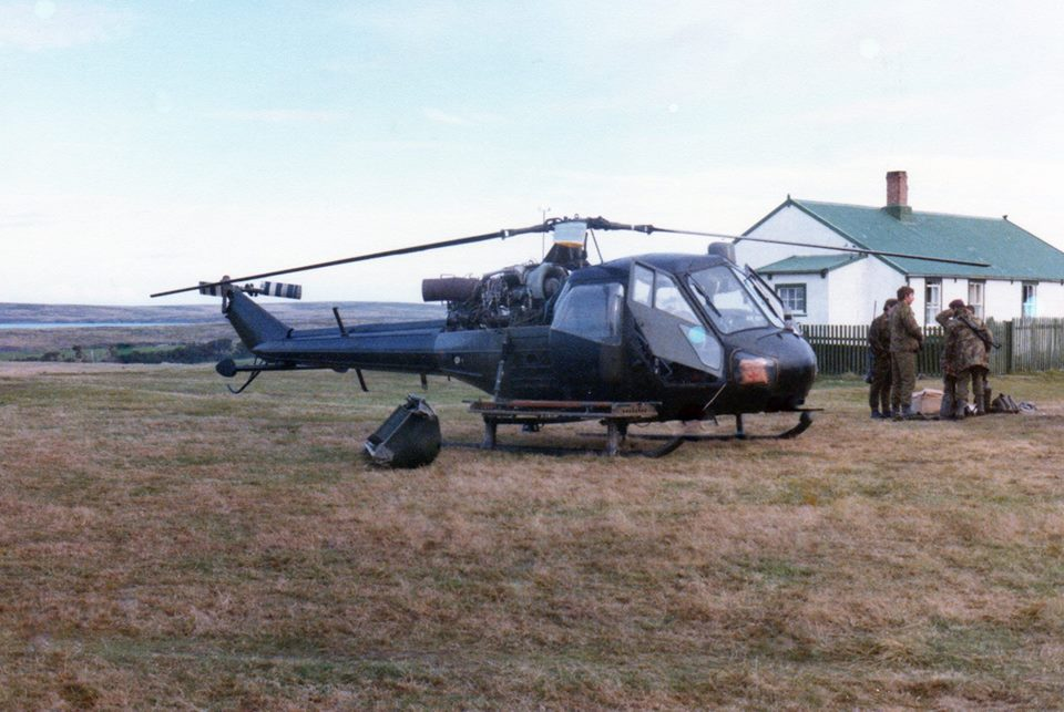 scout helicopter 656 squadron AAC falklands war.jpg