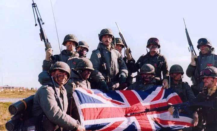 soldats-argentins-union-jack.jpg