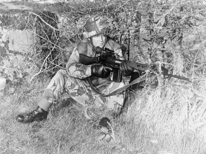 soldier northern ireland.jpg