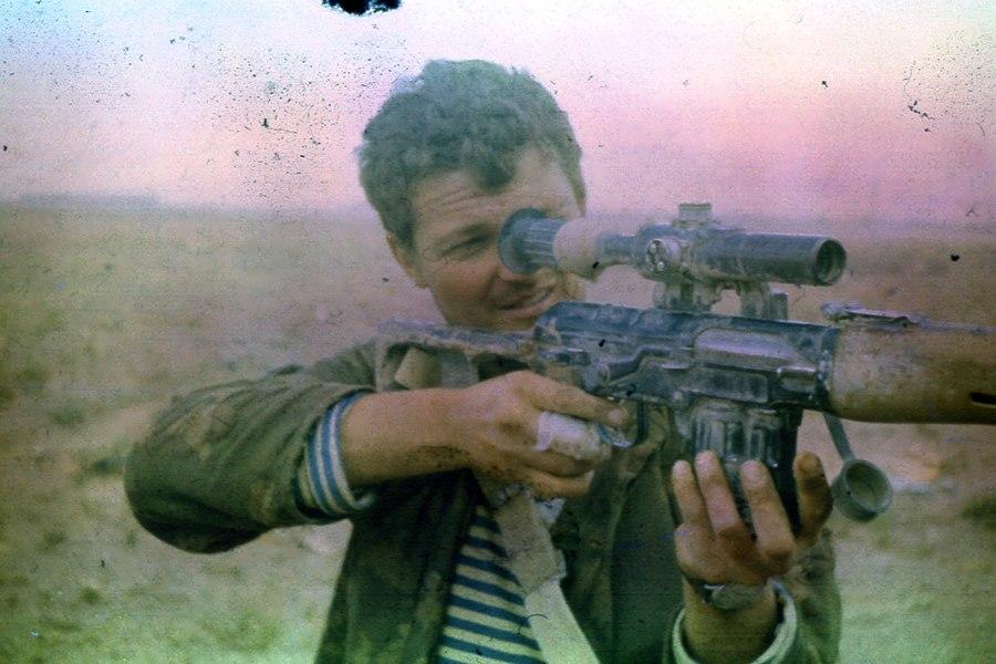 soldats soviétiques Soviet-afghan-war-345th-guards-airborne-regiment-marksman-jpg