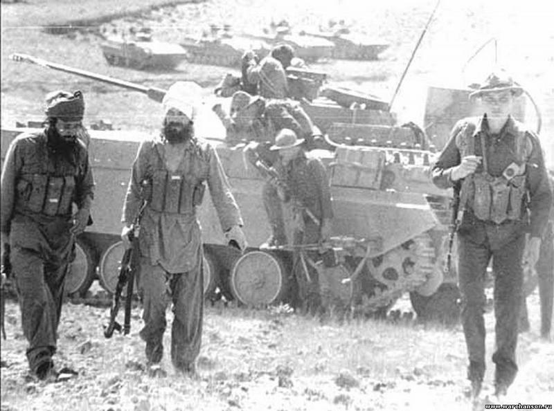 soldats soviétiques Soviet-war-in-afghanistan3-2-jpg
