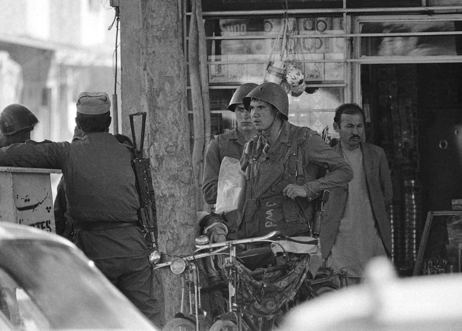 soldats soviétiques Soviet_war_in_afghanistan_in_pictures-22-jpg