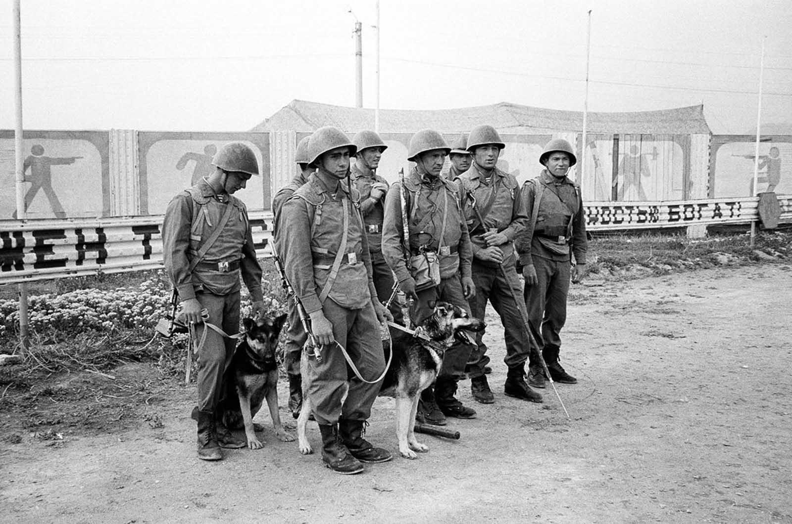 soldats soviétiques Soviet_war_in_afghanistan_in_pictures-26-jpg