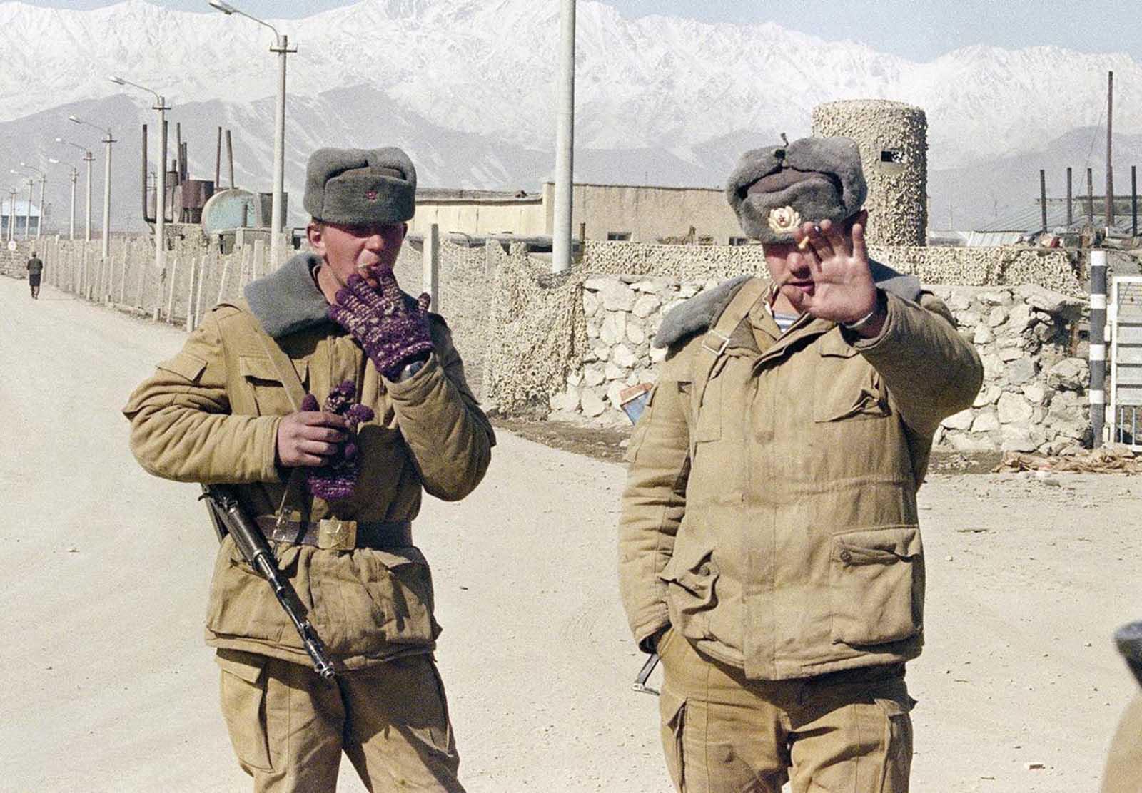 soldats soviétiques Soviet_war_in_afghanistan_in_pictures-31-jpg