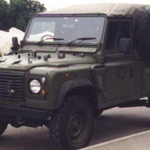 Landrover Defender 110 series top down | MilitaryImages Net