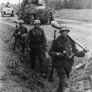 Grossdeutschland Division in East Prussia   MilitaryImages Net