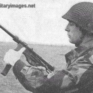 MAC 10 Bayonet   MilitaryImages Net