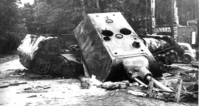 смотреть world of tanks як панзер е 100 против мауса