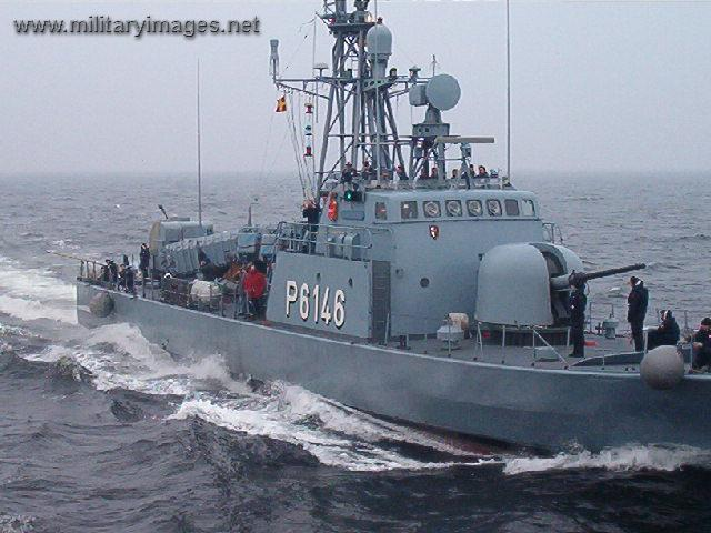 Pictures Of Fast Patrol Boat 103