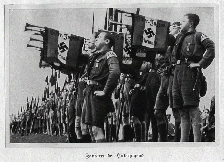 a history of the hitler youth movement in the third reich This is an article that i wrote for an educational journal back in 2004 they wanted something about children in the third reich, in particular, about the hitler youth.