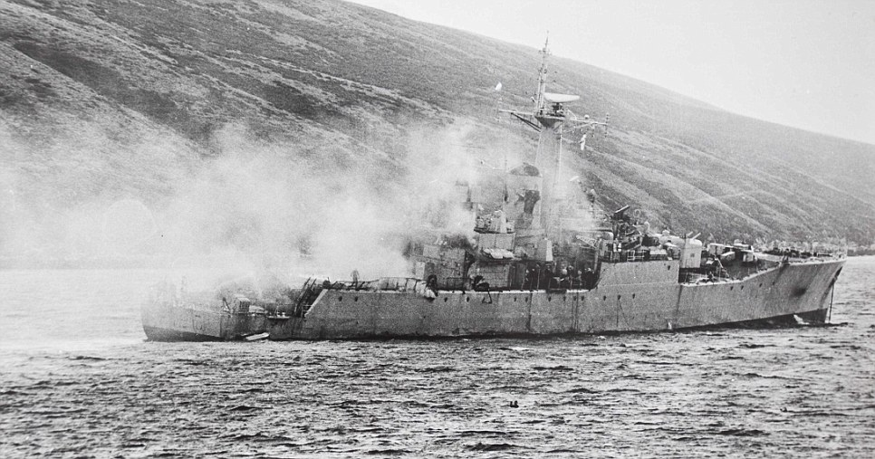HmS Plymouth damaged | MilitaryImages.Net