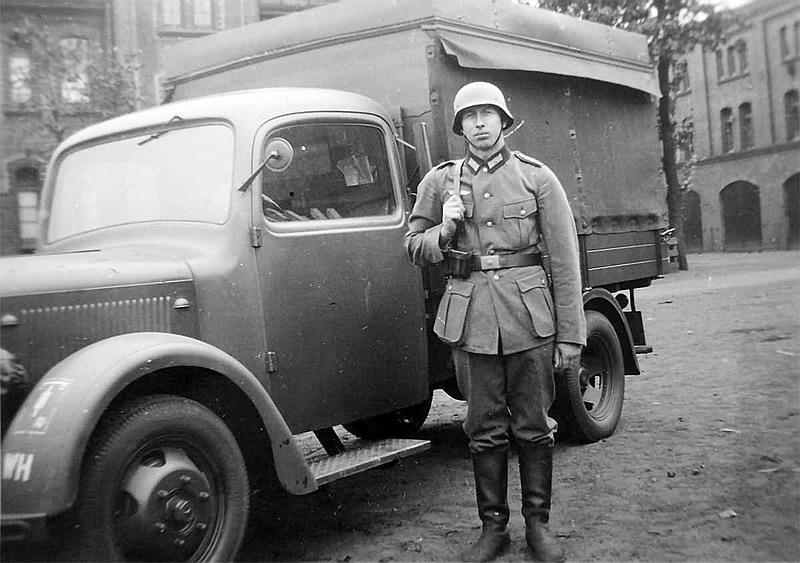 mercedes benz l1500 lkw france, bordeaux 1943 | militaryimages