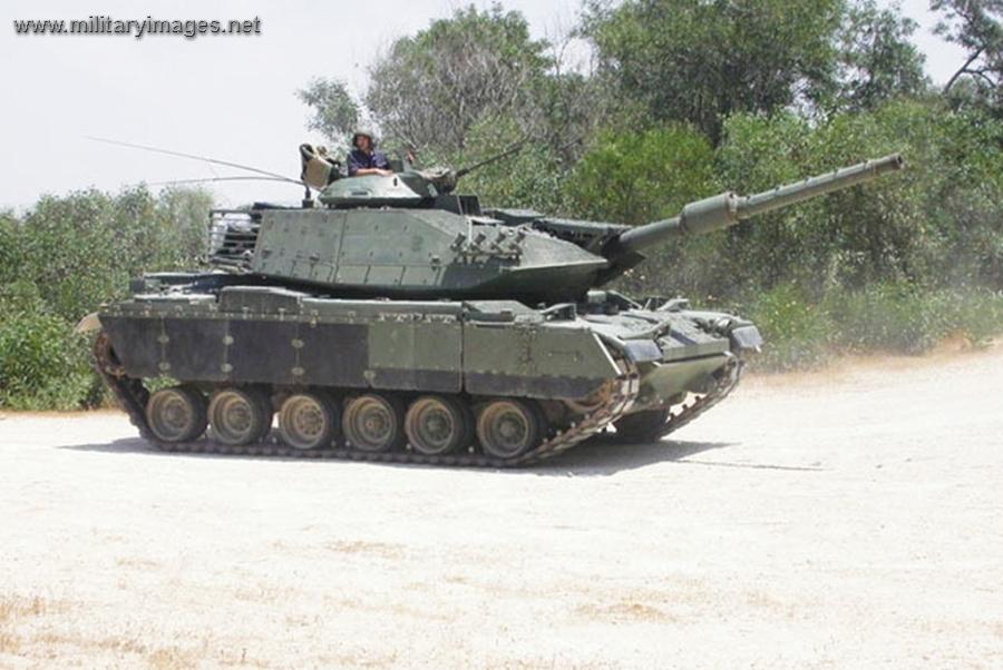 الدبابه Sabra .......التطوير الاسرائيلي للدبابه M60 Patton  الامريكيه  Full