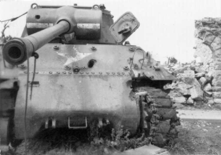 sherman tanks | MilitaryImages.Net